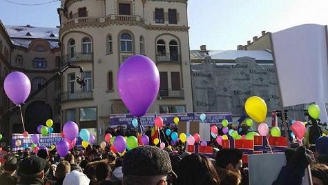 image-2016-01-23-20747373-41-miting-oradea-pentru-familia-bodnariu