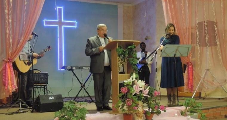 Un pastor învinuit pentru evanghelizare pe internet în Kirov, Rusia