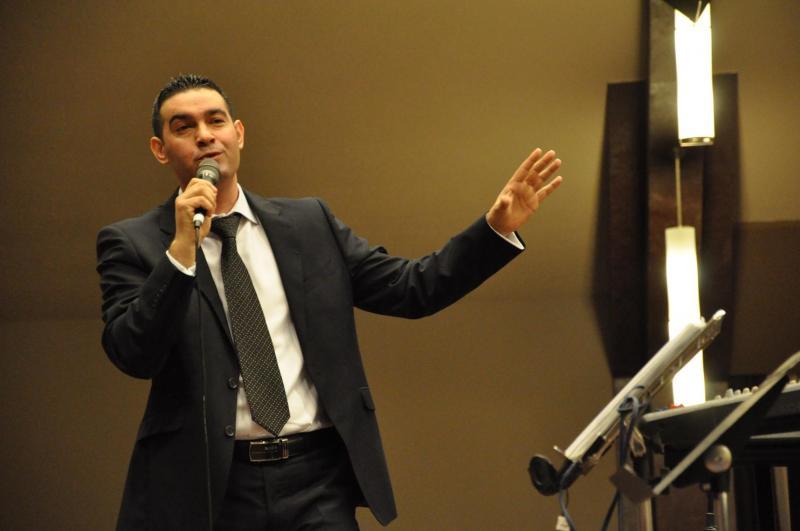 Vasile Oprea: TIMPUL FUGE FARA NOI – Vine Isus!