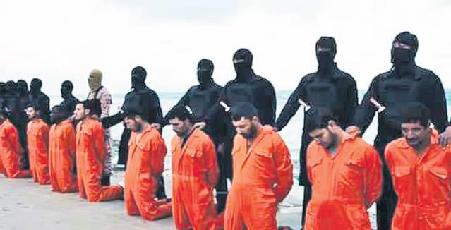Trupurile neînsuflețite ale celor 20 de egipteni creștini uciși de Statul Islamic în Libia acum doi ani au ajuns acasă.
