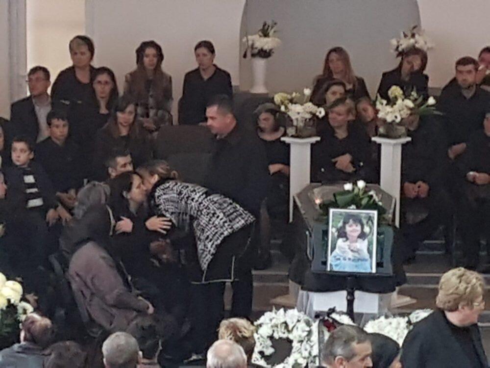 Poze înmormântare Panescu Teodora! Dumnezeu să vă întărească dragii noștri.