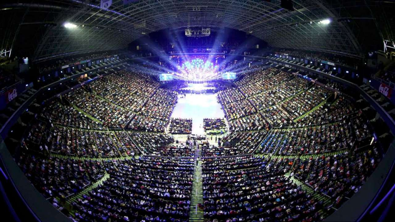 Sute de persoane și-au predat viața lui Isus prin Franklin Graham în Mexic