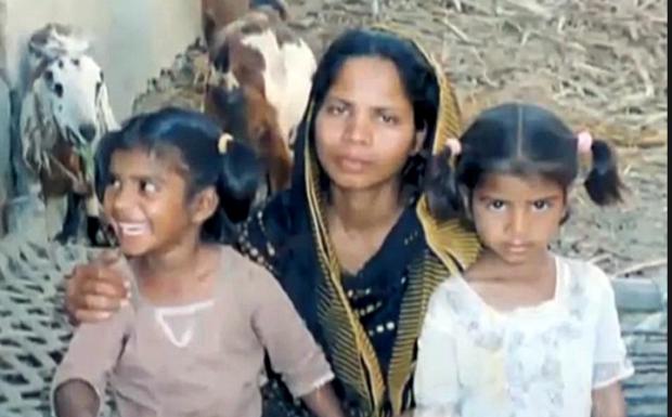 """Asia Bibi, eliberată din închisoare, se află acum într-un """"loc sigur"""" în Islamabad"""