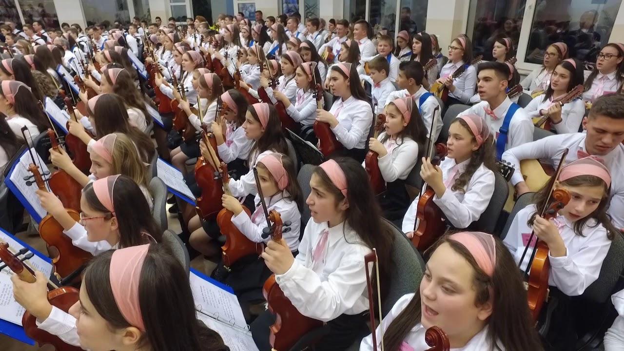 """Orchestra Națională """"AMIUNA"""" Dirijor coordonator: Nelu Pagu – Cânt Aleluia"""