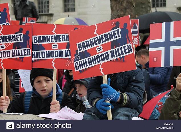 Barnevernetul provoacă scandal diplomatic între Norvegia și Polonia. Consulul polonez la Oslo, acuzat că a ajutat familiile ai căror copii au fost PRELUAȚI de autoritățile norvegiene