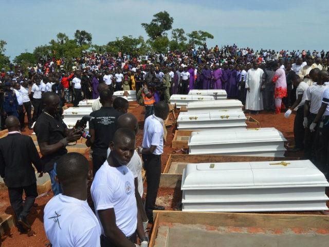 Masacrul despre care nu vorbește nimeni: 280 de creștini uciși în ultimele săptămâni de jihadiști musulmani în Nigeria. Bilanțul morților crește de la o zi la alta