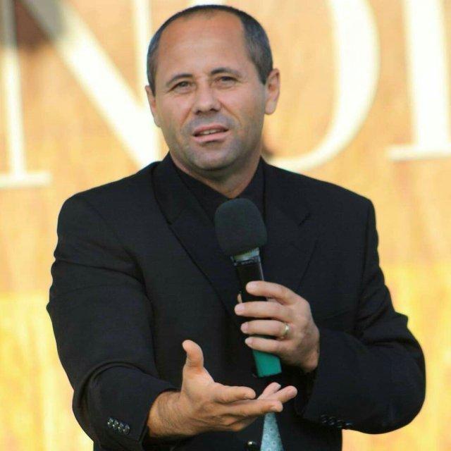 Luigi Mițoi: Cum să fi credincios într-un sistem păgân?