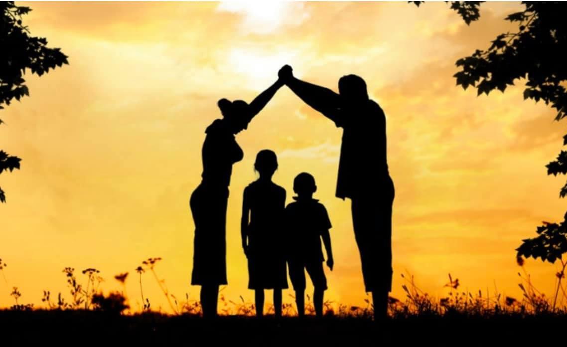Cum să-ți crești copiii în Sodoma și Gomora…