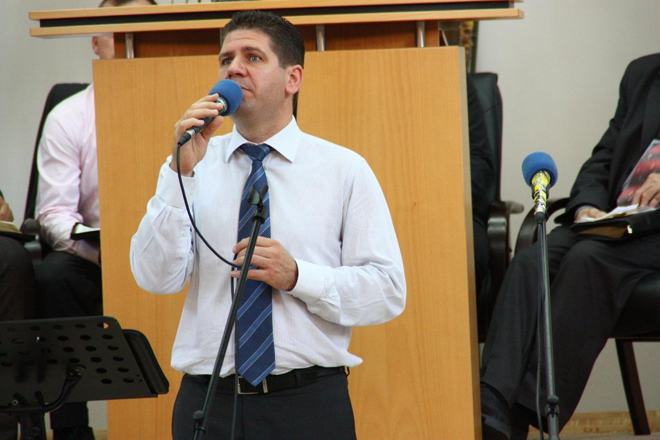 Marius Livanu – Ce este botezul la pocaiti si cum se manifesta?
