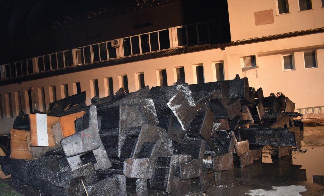 """Incendiu puternic la Biserica Penticostală """"Betel"""" din Municipiul Arad"""