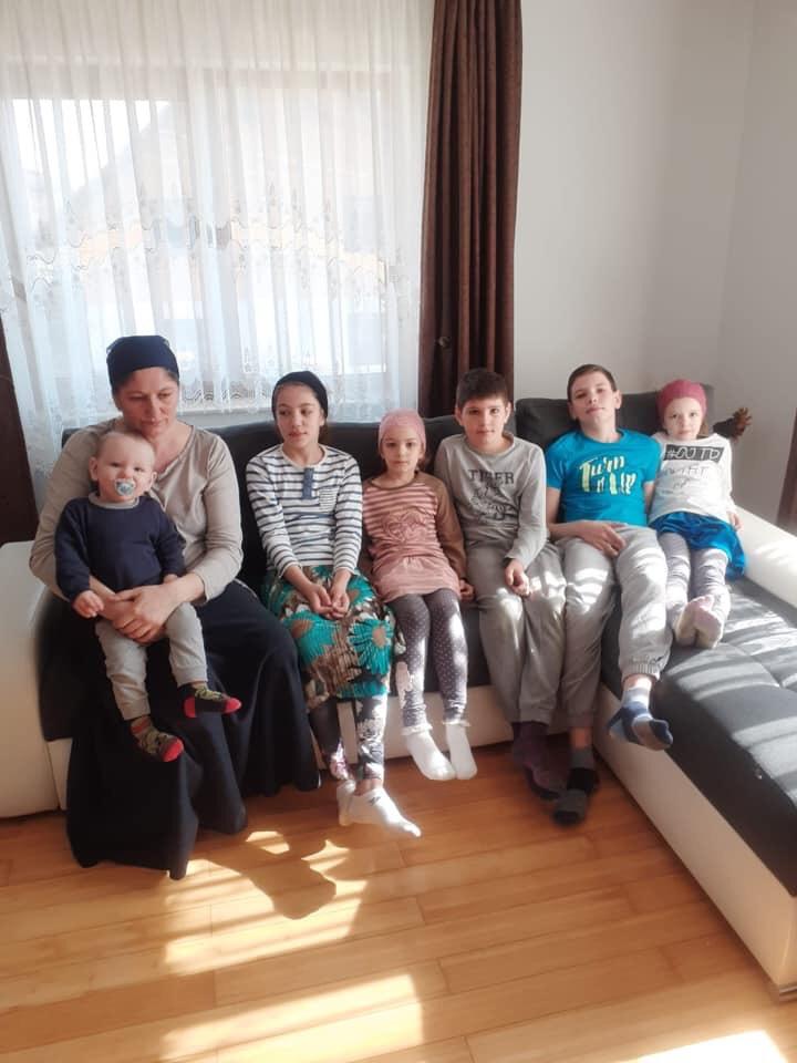 Apel! Ajuta! Pitu Ion a lăsat in urma o sotie tănara de 35 ani si 7 copilasi