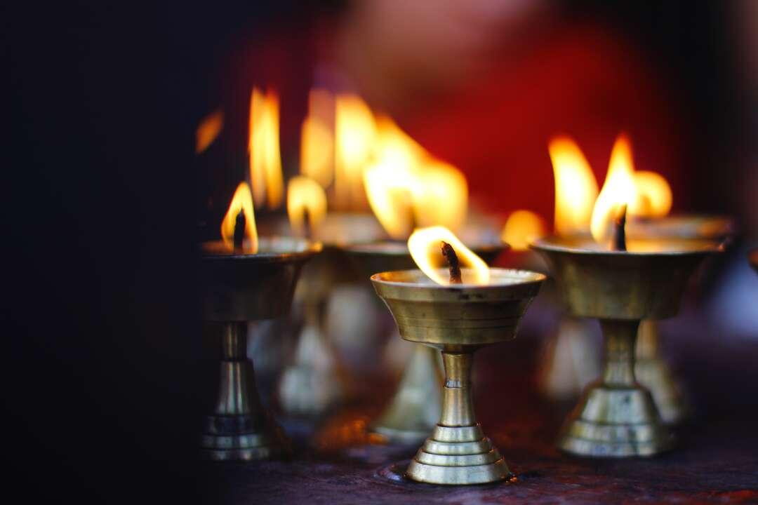 Înţelepciune din India. Karma şi reîncarnarea. Temelia eticii şi semnificaţia personală