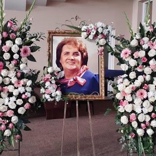 Sa ne rugam pentru pastorul Ghita Popa de la Tabor Oradea, se afla la spital in stare critica. Sotia lui, Aurica Popa, tocmai a trecut la Domnul